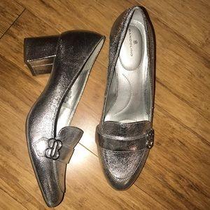 Bandolino Metallic silver block heels size 10 🔥🔥